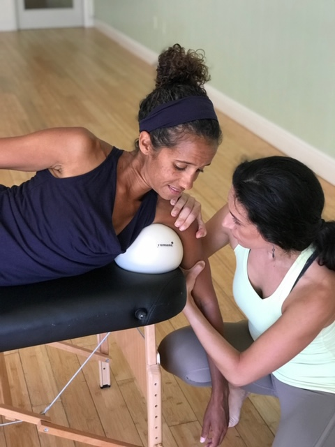 Stretching-Tampa-Personal-Training-Roll-for-fitness-emily-stein-tampa